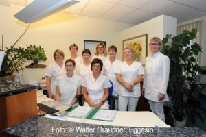 Dr. med. Chr. Bahr mit ihrem Team