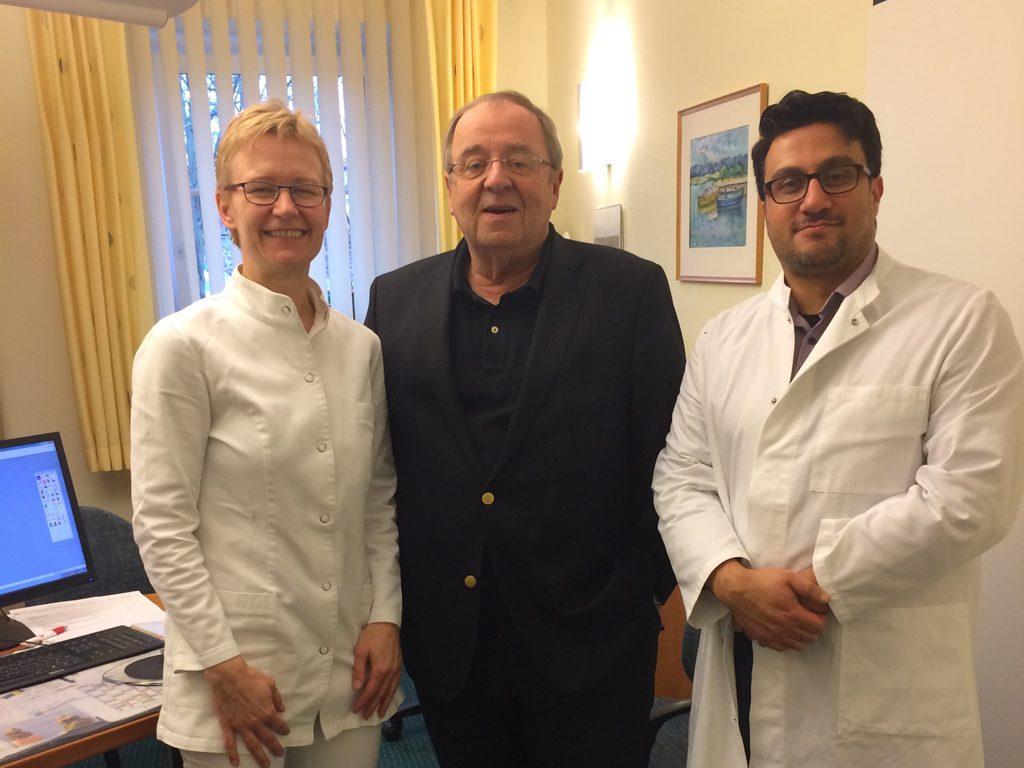 Dr. med Christine Bahr, gemeinsam mit Prof. Wolfgang Motz und Dr. med. Basil Alkhlout